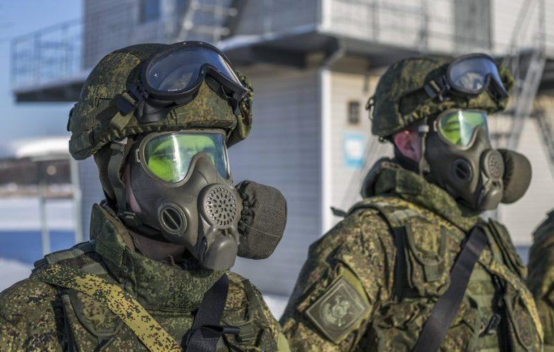 الجيش الروسي يزوّد بقناع مدرع واق من الغازات