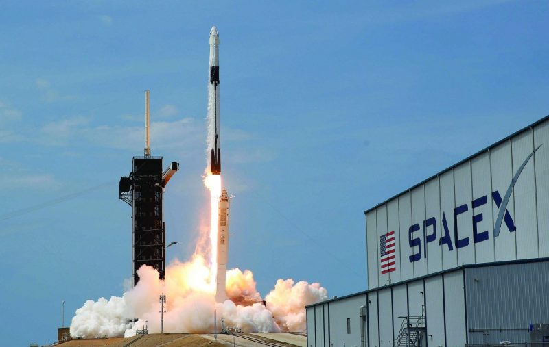 FILE PHOTO: A SpaceX Falcon 9 rocket and Crew Dragon spacecraft carrying NASA astronauts Douglas Hurley and Robert Behnken lifts off during NASA's SpaceX Demo-2 mission to the International Space Station from NASA's Kennedy Space Center in Cape Canaveral, Florida, U.S., May 30, 2020. REUTERS/Joe Skipper/File Photo
