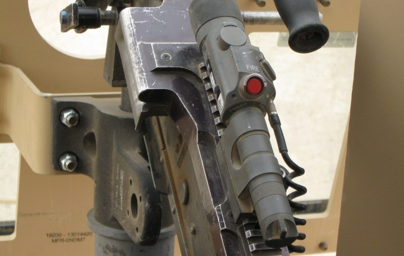 Dazzler_mounted_on_M-240B_in_Iraq