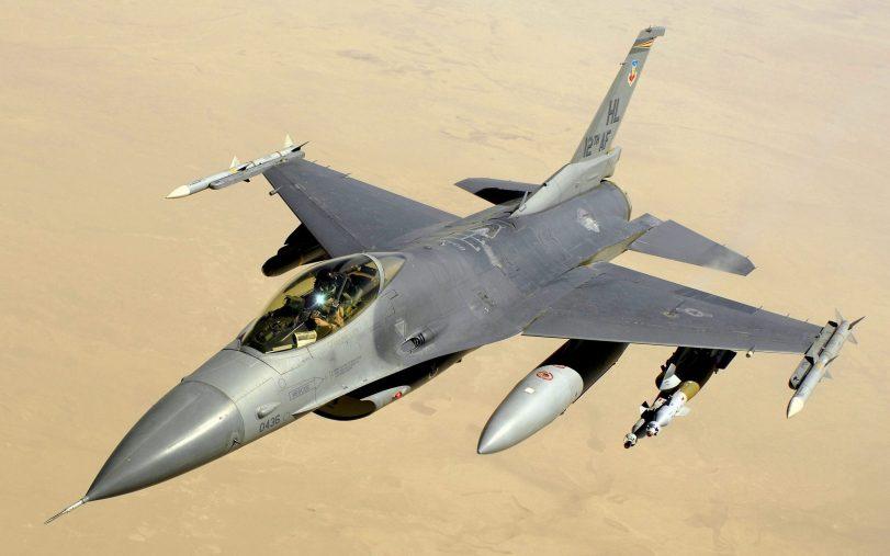 F-16_J