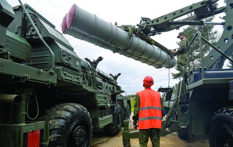 3100677 17.05.2017 Перезарядка зенитного ракетного комплекса С-400
