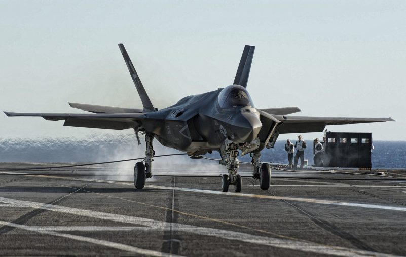 lockheed-martin-f-35-lightning-ii-us-navy-fighter-bomber-american-war-plane-f-35